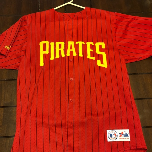 59f3be7d8 Majestic Other - Vintage Men s Majestic Pittsburgh Pirates Jersey